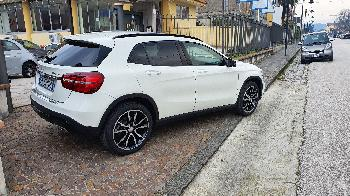 MERCEDES-BENZ  GLA 220 D AUTO 4MATIC